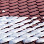 Strażacy apelują – usuwajmy śnieg i lód z dachów