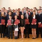 8 uczniów z WiM stypendystami ministra edukacji narodowej