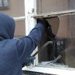 Włamywał się do domów w Lidzbarku. Usłyszał 5 zarzutów