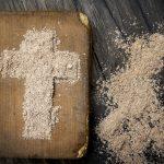 Post, modlitwa i jałmużna. To według kościoła katolickiego trzy najważniejsze założenia rozpoczynającego się Wielkiego Postu