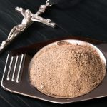 Dziś Środa Popielcowa. W kalendarzu katolickim jest to pierwszy dzień Wielkiego Postu