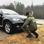 Straż graniczna odzyskała skradzione w Niemczech bmw. Warte 100 tysięcy złotych auto próbował przewieźć przez granicę Białorusin