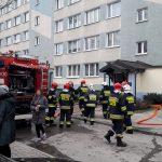 Pożar w bloku przy ulicy Kołobrzeskiej w Olsztynie. Ewakuowano ponad 20 osób