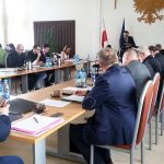 Oleccy radni przyjęli rezolucję przeciwko budowie dużej chlewni