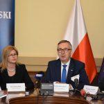 155 tysięcy na Warmii i Mazurach korzysta z programu Rodzina 500 plus – podsumował w Olsztynie wiceminister rodziny Stanisław Szwed