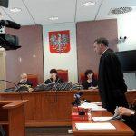 Sąd w Olsztynie odroczył apelację ws. komornika i rzeczoznawcy skazanych za przekroczenie uprawnień i niedopełnienie obowiązków