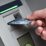 Napad na bankomat w Olsztynku. Nie wiadomo, ile pieniędzy skradziono