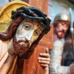 Droga Krzyżowa śpiewana przez Mocnych w wierze  o godz. 20.05
