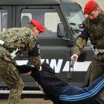 Żandarmeria Wojskowa rozbiła grupę żołnierzy i cywilów rozprowadzających narkotyki w garnizonach na Warmii i Mazurach