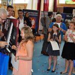 Młodzież uczciła pamięć Żołnierzy Wyklętych. Natalia Heichel z Biskupca laureatką 10. Festiwalu Piosenki Patriotycznej w Jezioranach