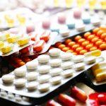 Samorząd lekarski apeluje, by nie kupować leków na zapas