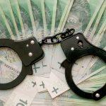 Nowe metody oszustów. Wyłudzili 150 tysięcy  złotych, podając się za CBŚ