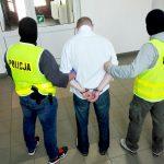 Rozbito gang zajmujący się legalizacją pobytu cudzoziemców. Przestępcy mogli zarobić nawet 900 tysięcy euro
