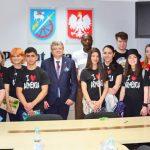 Młodzież z Erewania rozmawia z uczniami w Braniewie o różnicach kulturowych