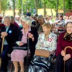 Wyjątkowy koncert na cześć najstarszych mieszkańców gminy Orzysz. 48 seniorów powyżej 90 roku życia odebrało medale i upominki