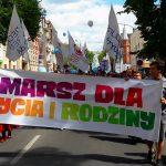 Około 250 osób wzięło udział w Marszu dla Życia i Rodziny, który przeszedł ulicami Olsztyna
