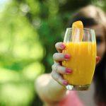 Jedzenie pod lupą… Co tak naprawdę wiemy o sokach?