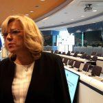 Unijna komisarz Corina Crețu przeciwna karaniu Polski za nieprzyjmowanie uchodźców