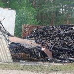 Podpalono gospodarstwo ofiary lichwiarzy. Czy to lichwiarz spełnił groźbę?