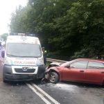 Zderzenie karetki z autem osobowym. Policja zatrzymała prawo jazdy kierowcy ambulansu