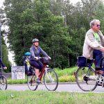 Senior na drodze, czyli jak osoby starsze powinny poruszać się w ruchu drogowym. Policja organizuje ogólnopolskie zajęcia