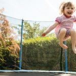 Czy trampoliny są bezpieczne dla dzieci? Posłuchaj porad eksperta