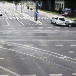 Poważny wypadek w centrum Olsztyna. Zobacz film z monitoringu