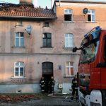Na olsztyńskim Zatorzu wybuchł pożar. Mieszkańcy stracili dach nad głową