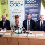 Minister Rafalska w Ostródzie: Dziś już złożono 2,8 tys. wniosków na nowy okres rozliczeniowy programu Rodzina 500 plus