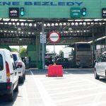Słuchacze skarżą się na długie kolejki na granicy w Bezledach