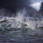 """""""Momentalnie przyszła fala. Pływaliśmy i szukaliśmy rannych"""". 12 lat temu przez Wielkie Jeziora Mazurskie przeszedł biały szkwał"""