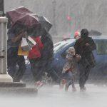 Na Warmii i Mazurach spodziewane są burze z gradem. Ostrzeżenie meteorologów dotyczy 18 powiatów