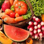 Coraz więcej dzieci na Warmii i Mazurach je warzywa i owoce. To efekt programu promującego zdrowy styl życia