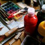Świat w kolorowych barwach. Osadzeni z Barczewa pokazali swoje prace plastyczne