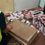 Ukrywał  papierosy bez akcyzy w szafie. Policja znalazła około 200. tysięcy sztuk