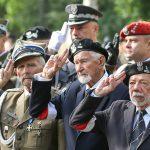 Rafalska: Chcemy weteranów walk o niepodległość zwolnić z opłat za pobyt w domach pomocy społecznej