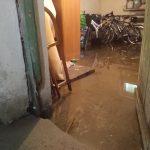 Zalane piwnice na olsztyńskim Zatorzu. Administracja pomoże uzyskać  odszkodowania