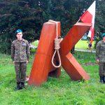 """""""17 września 1939 roku – sowiecki cios w plecy"""". Kilkadziesiąt osób spotkało się pod pomnikiem AK w Olsztynie"""