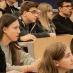 W Olsztynie rozpoczął się I Warmiński Synod Młodych. To przygotowanie wiernych do przyszłorocznego  synodu w Watykanie [FOTO]