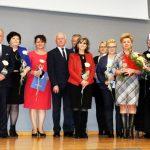 Wojewoda uhonorował pracowników socjalnych z regionu statuetkami Amicus Bonus