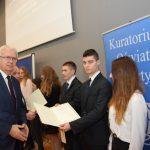 Najzdolniejsi uczniowie z Warmii i Mazur odebrali stypendia premier Beaty Szydło
