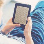 Rozpoczęła się akcja Czytaj PL. Darmowe e-booki dostępne są na przystankach, w restauracjach i szkołach