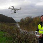 Podsumowano pierwszy dzień usuwania zatoru na rzece Balewce. W akcji pomocny okazał się dron