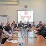 Radni PiS w Elblągu chcą wprowadzić do budżetu budowę wiaduktu, obiektów sportowych i obniżkę cen biletów