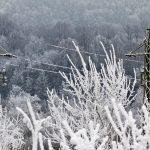 Kilkanaście tysięcy mieszkańców Warmii i Mazur wciąż bez prądu po pierwszym ataku zimy