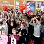 Pomagać można od najmłodszych lat. Dziś świętujemy Międzynarodowy Dzień Wolontariatu