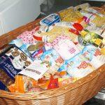 Przedświąteczna zbiórka żywności Caritas. Dary trafią na stół wielkanocny dla bezdomnych