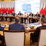 Pierwsze spotkanie premiera Mateusza Morawieckiego z wojewodami