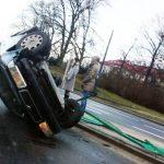 Dachowanie na ulicy Tuwima w Olsztynie. To nie jedyny wypadek dzisiejszego poranka