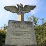 Z pomnika orła w Iławie zniknie stalinowska tablica. To efekt ustawy dekomunizacyjnej